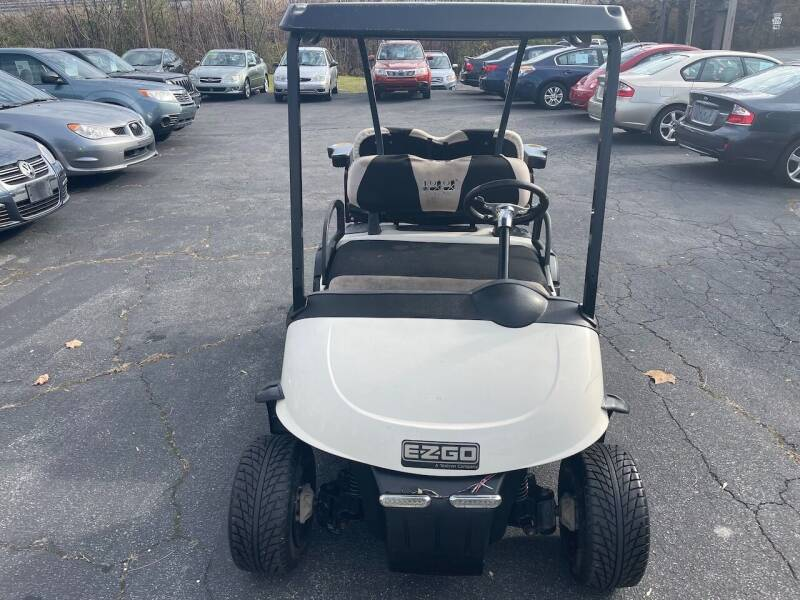 2012 E-Z-GO RXV Gas Golf Cart - Bethlehem PA