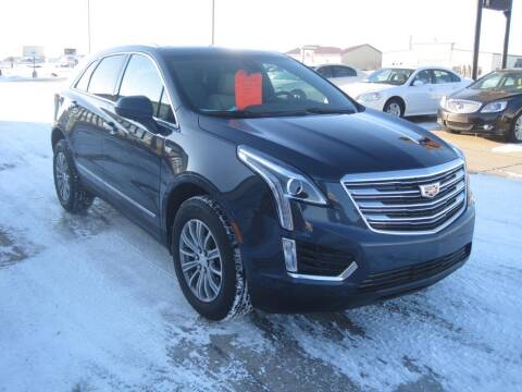 2019 Cadillac XT5 for sale at IVERSON'S CAR SALES in Canton SD