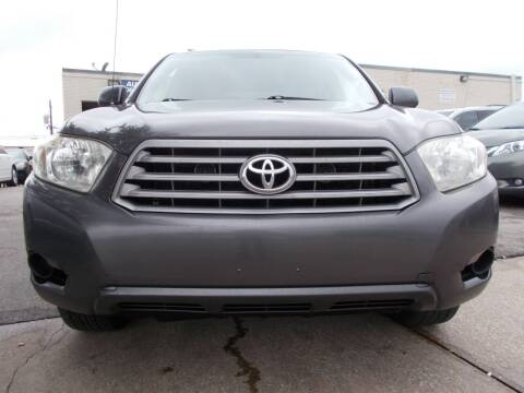 2009 Toyota Highlander for sale at ACH AutoHaus in Dallas TX