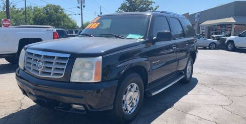 2002 Cadillac Escalade for sale at LEE AUTO SALES & SERVICE INC in Valdosta GA