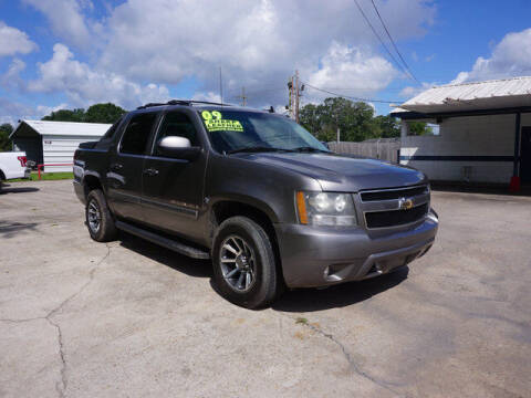 2009 Chevrolet Avalanche for sale at BLUE RIBBON MOTORS in Baton Rouge LA