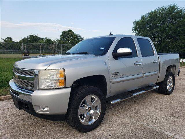 2011 Chevrolet Silverado 1500 for sale at Hidalgo Motors Co in Houston TX