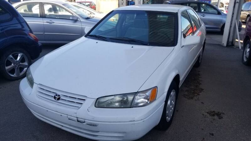 1998 Toyota Camry for sale at MQM Auto Sales in Nampa ID