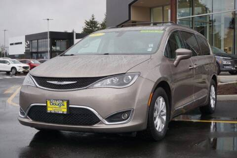 2017 Chrysler Pacifica for sale at Jeremy Sells Hyundai in Edmunds WA