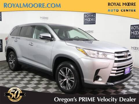 2019 Toyota Highlander for sale at Royal Moore Custom Finance in Hillsboro OR