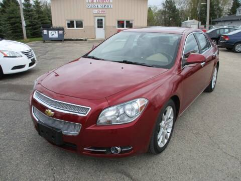 2011 Chevrolet Malibu for sale at Richfield Car Co in Hubertus WI