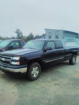 2006 Chevrolet Silverado 1500 for sale at Classic Heaven Used Cars & Service in Brimfield MA