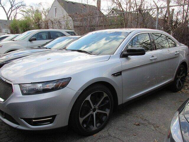 2016 Ford Taurus for sale at SOUTHFIELD QUALITY CARS in Detroit MI