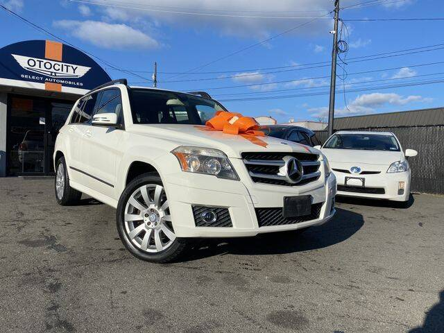 2011 Mercedes-Benz GLK for sale at OTOCITY in Totowa NJ