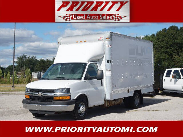 2013 Chevrolet Express Cutaway for sale at Priority Auto Sales in Muskegon MI