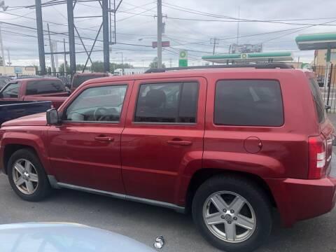 2010 Jeep Patriot for sale at Debo Bros Auto Sales in Philadelphia PA