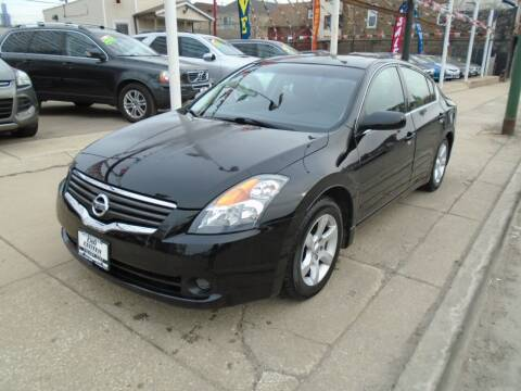 2009 Nissan Altima for sale at CAR CENTER INC in Chicago IL