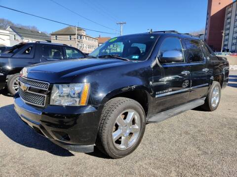 2013 Chevrolet Avalanche for sale at Porcelli Auto Sales in West Warwick RI