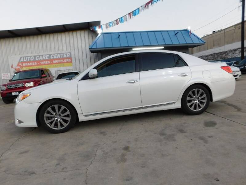 2011 Toyota Avalon Limited 4dr Sedan - San Antonio TX