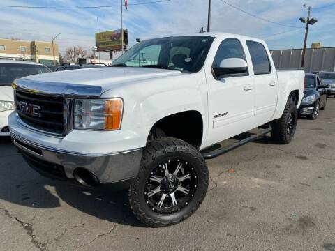 2011 GMC Sierra 1500 for sale at New Wave Auto Brokers & Sales in Denver CO