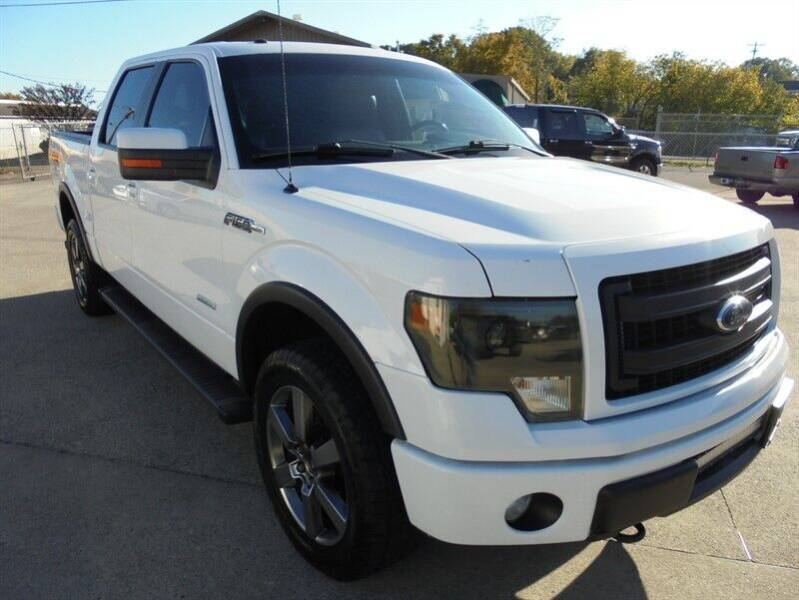 2013 Ford F-150 for sale at PIONEER AUTO SALES LLC in Cleveland TN