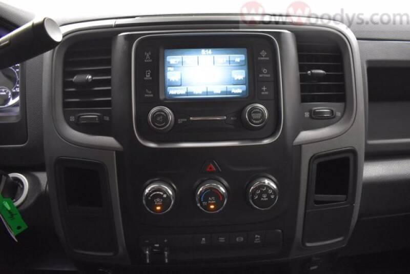 2017 RAM Ram Pickup 3500 4x4 Tradesman 4dr Crew Cab 8 ft. LB DRW Pickup - Chillicothe MO