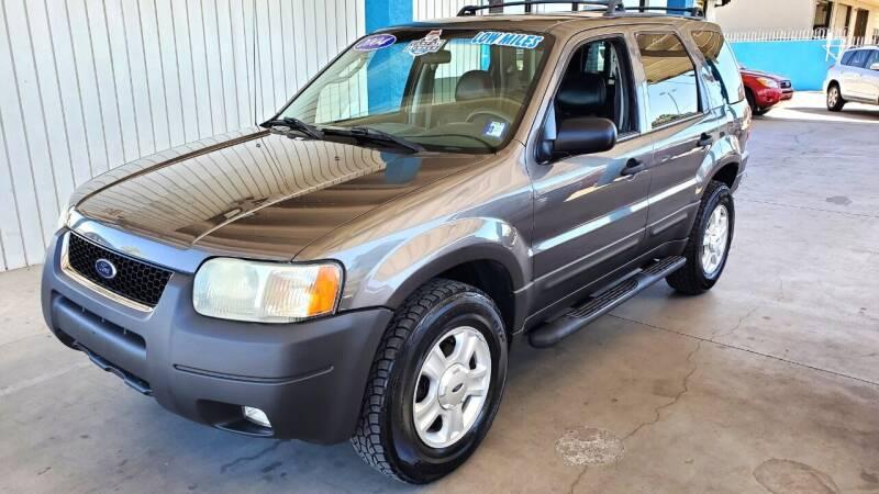 2004 Ford Escape for sale at Bob Ross Motors in Tucson AZ