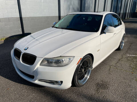 2011 BMW 3 Series for sale at APX Auto Brokers in Lynnwood WA