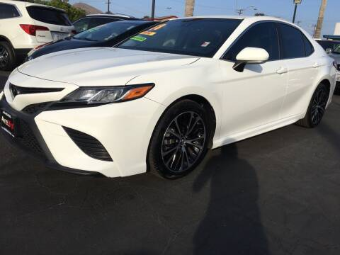 2018 Toyota Camry for sale at Auto Max of Ventura in Ventura CA