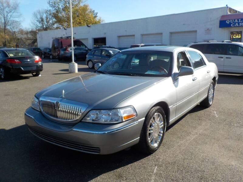 2006 Lincoln Town Car for sale at United Auto Land in Woodbury NJ