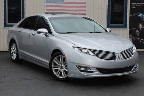 2015 Lincoln MKZ for sale at Dynamics Auto Sale in Highland IN