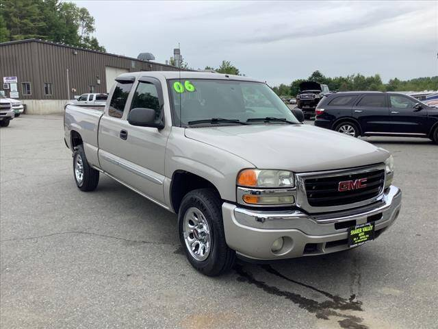 2006 GMC Sierra 1500 for sale at SHAKER VALLEY AUTO SALES in Enfield NH