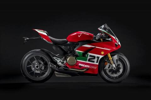 2022 Ducati Panigale V2 for sale at Peninsula Motor Vehicle Group in Oakville NY
