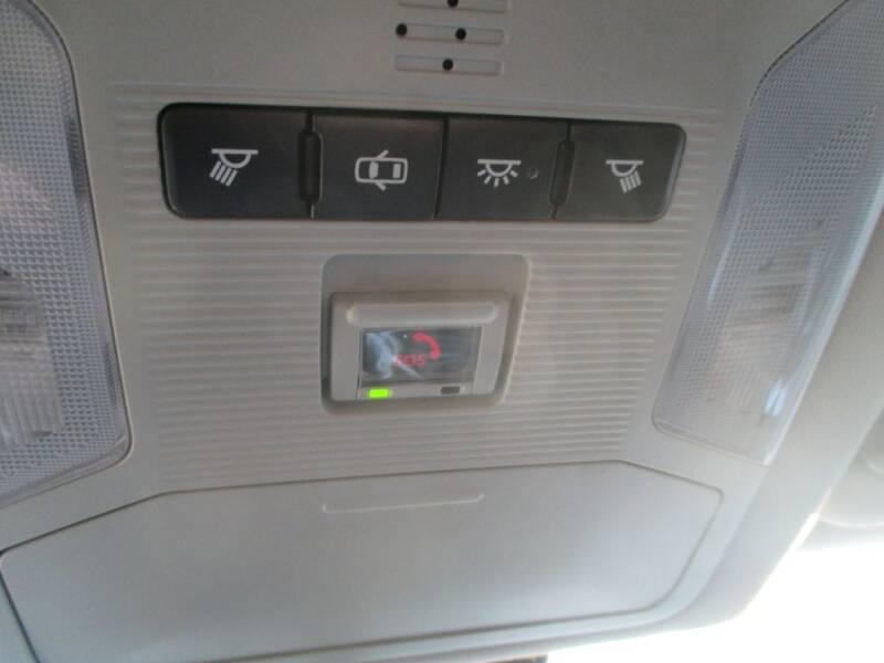 2020 Toyota RAV4 AWD XLE 4dr SUV - Calumet City IL