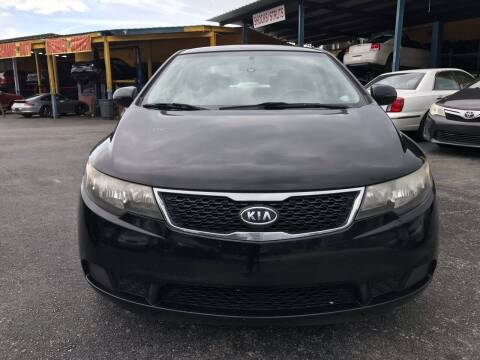 2011 Kia Forte for sale at 4 Guys Auto in Tampa FL