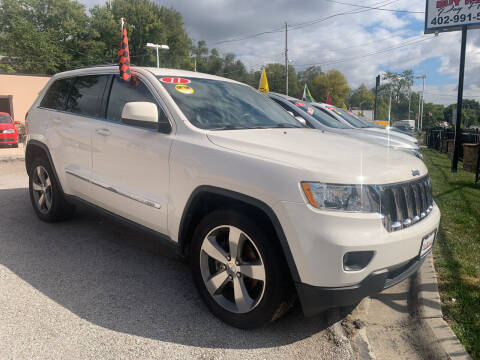 2011 Jeep Grand Cherokee for sale at Triangle Auto Sales in Omaha NE