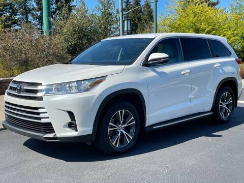 2018 Toyota Highlander for sale at GO AUTO BROKERS in Bellevue WA