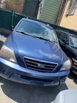 2007 Kia Sorento for sale at GARET MOTORS in Maspeth NY