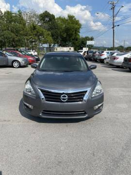 2014 Nissan Altima for sale at Elite Motors in Knoxville TN