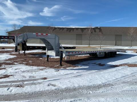2021 Midsota FB36-GN Hydraulic Tail #2025 for sale at Prairie Wind Trailers, LLC in Harrisburg SD