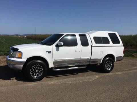 2001 Ford F-150 for sale at M AND S CAR SALES LLC in Independence OR