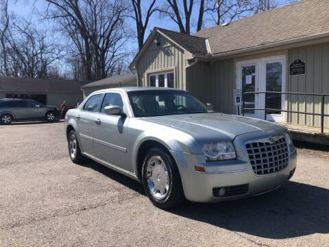 2005 Chrysler 300 for sale at Sharpin Motor Sales in Columbus OH