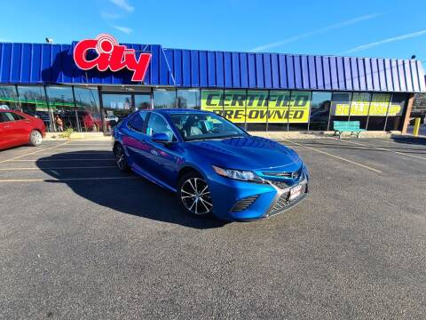 2020 Toyota Camry for sale at CITY SELECT MOTORS in Galesburg IL