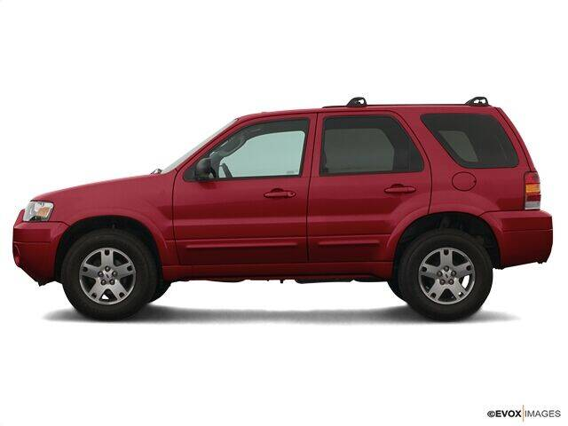 2005 Ford Escape for sale at CHAPARRAL USED CARS in Piney Flats TN