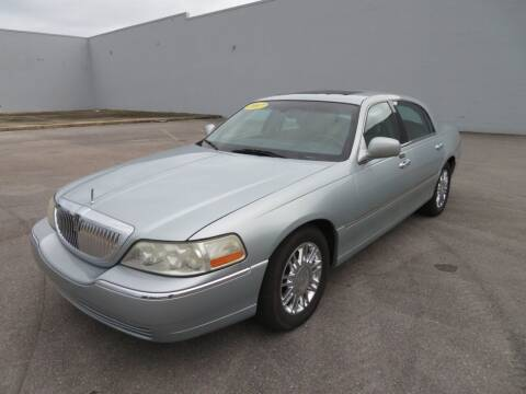 2007 Lincoln Town Car for sale at Access Motors Co in Mobile AL