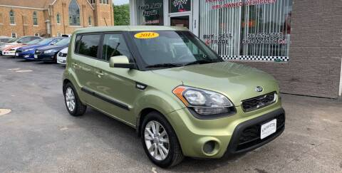 2013 Kia Soul for sale at KUHLMAN MOTORS in Maquoketa IA