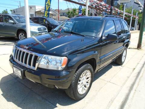 2004 Jeep Grand Cherokee for sale at CAR CENTER INC in Chicago IL