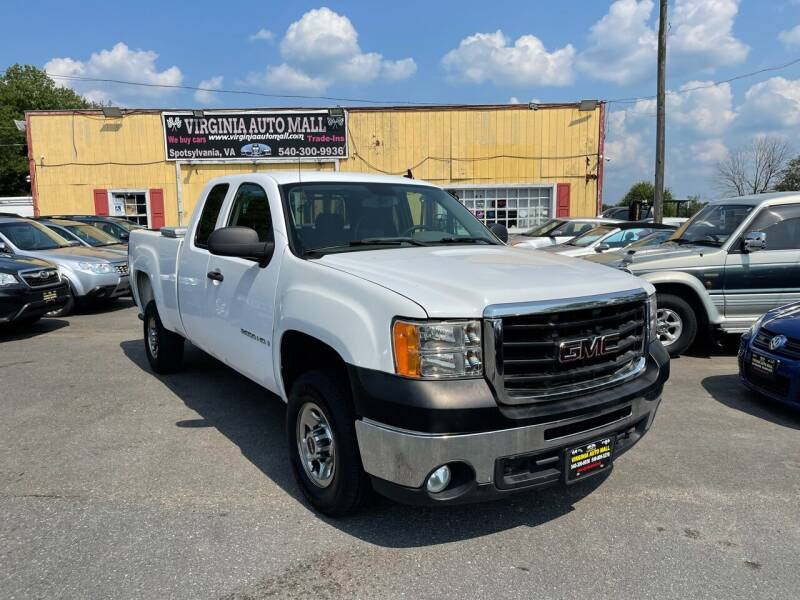 2007 GMC Sierra 2500HD for sale at Virginia Auto Mall in Woodford VA