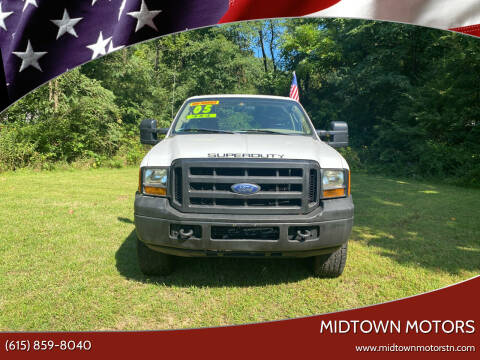 2005 Ford F-250 Super Duty for sale at Midtown Motors in Greenbrier TN