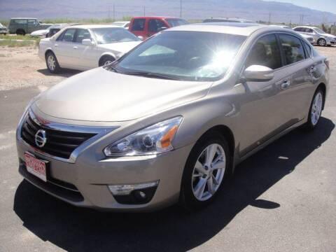 2015 Nissan Altima for sale at Bickham Used Cars in Alamogordo NM