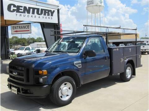 2008 Ford F-250 Super Duty for sale at CENTURY TRUCKS & VANS in Grand Prairie TX