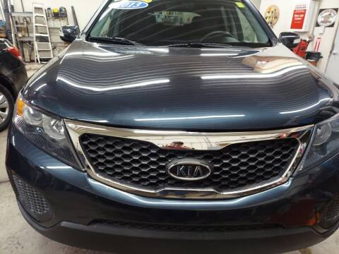 2013 Kia Sorento for sale at Car Connection in Yorkville IL