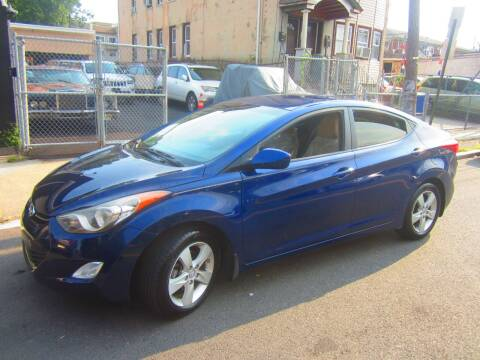 2013 Hyundai Elantra for sale at Cali Auto Sales Inc. in Elizabeth NJ