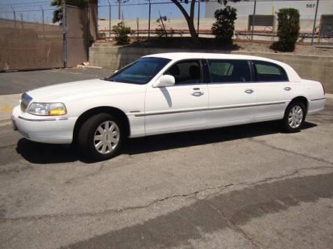 2003 Lincoln Krystal Town Car 6-Door Limo