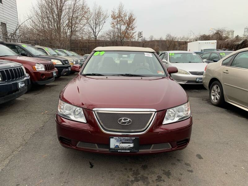 2009 Hyundai Sonata for sale at 77 Auto Mall in Newark NJ
